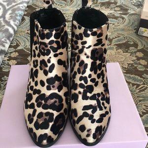EUC Madden Girl Velvet Leopard Print Booties